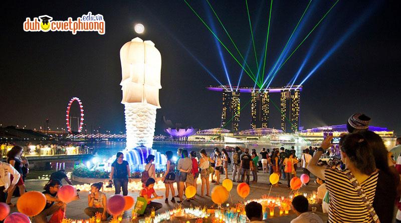 Hãy cùng Du học Việt Phương điểm qua những lý do tại sao nên chọn singapore để đi du học