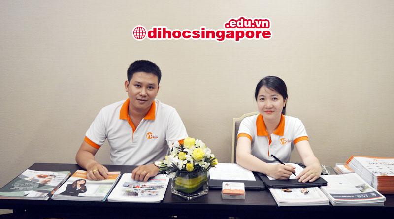 Nhân viên Du học Việt Phương đang chuận bị tổ chức hội thảo