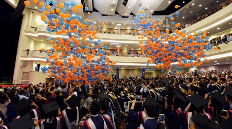 Những học bổng dành cho bậc cử nhân khi du học Singapore 2018.